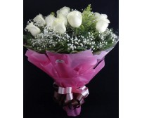 Buquê 15 Rosas Brancas