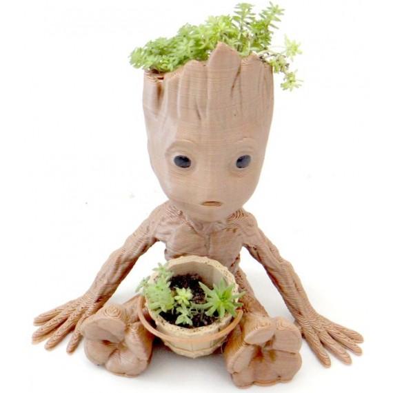 Vaso Baby Groot Com uma Suculenta de brinde
